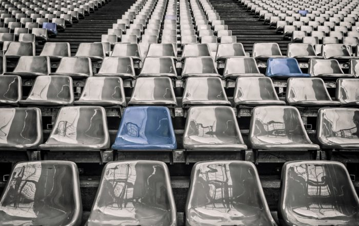 Seter i en arena for publikum